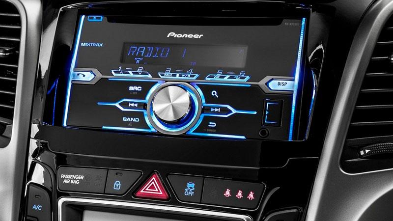 Sviluppo dell'autoradio: quando si dice che la tecnologia ha fatto passi da gigante