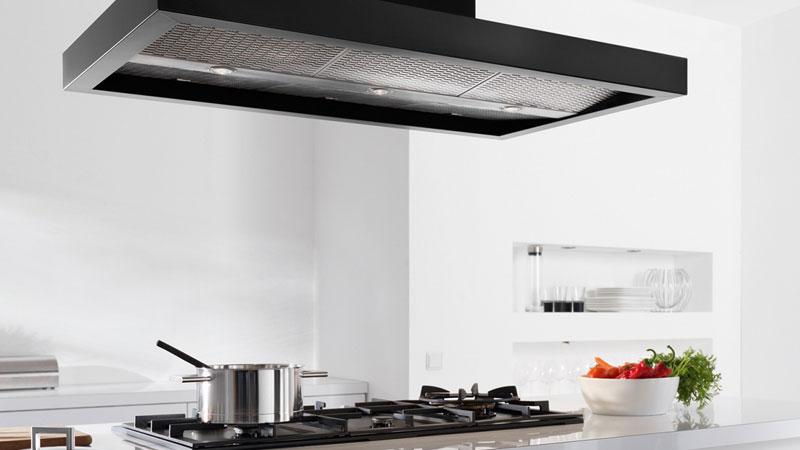 Cappe aspiratrici: ecco come mantenere pulita l'aria della vostra cucina